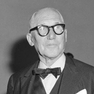 Le_Corbusier_(1964)
